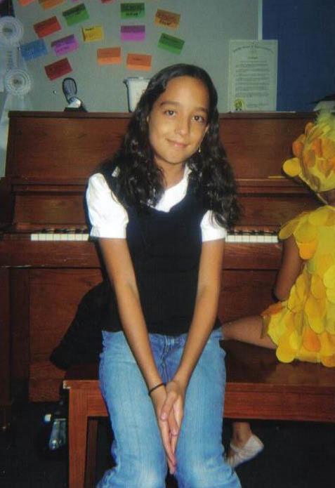 Estefania Vargas-edited.jpg